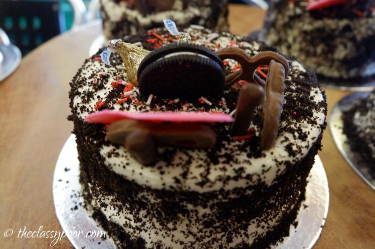 Oreo Cream Cake.